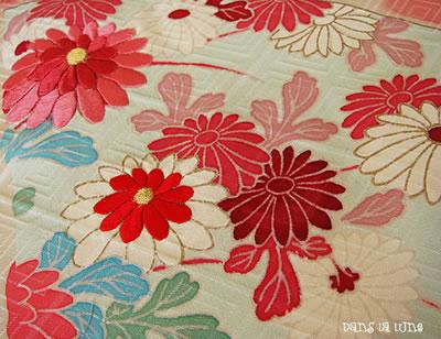 kimono-emb-