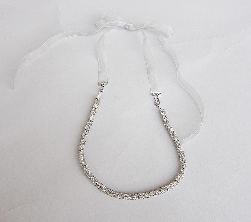 pikapika necklace gray