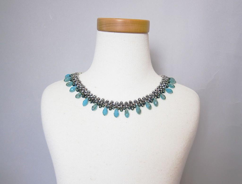 party necklace drop