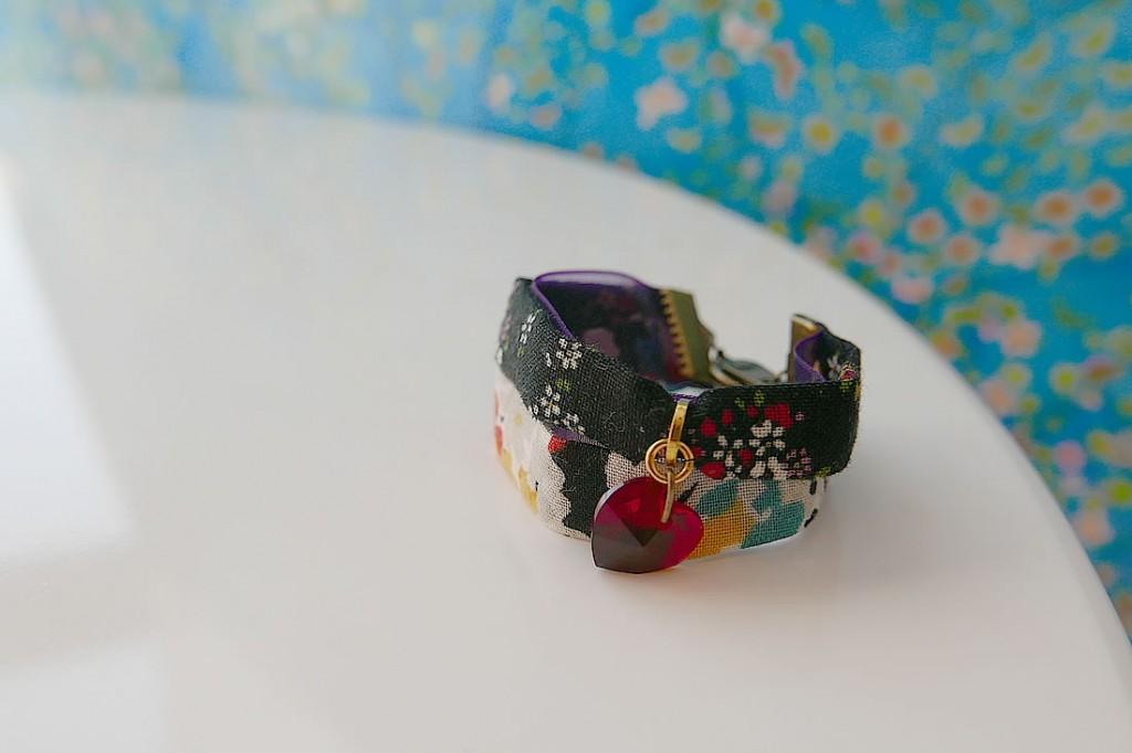 braceletB