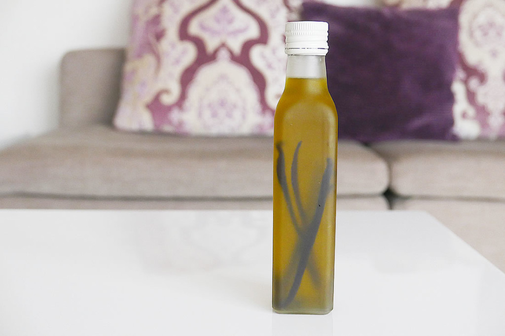 vanilla in olive oil