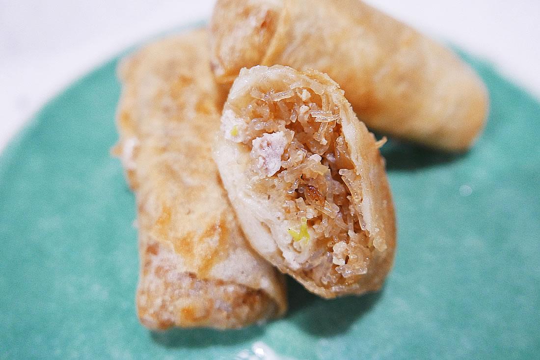 Vermicelli pork spring rolls
