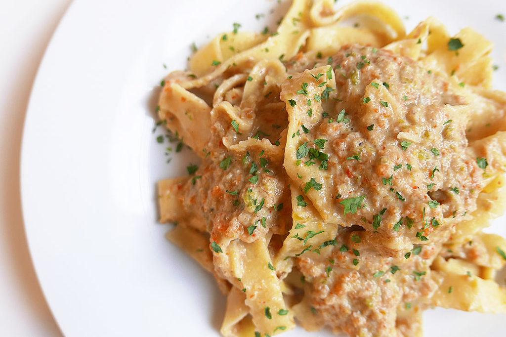 Vegetable pasta paste
