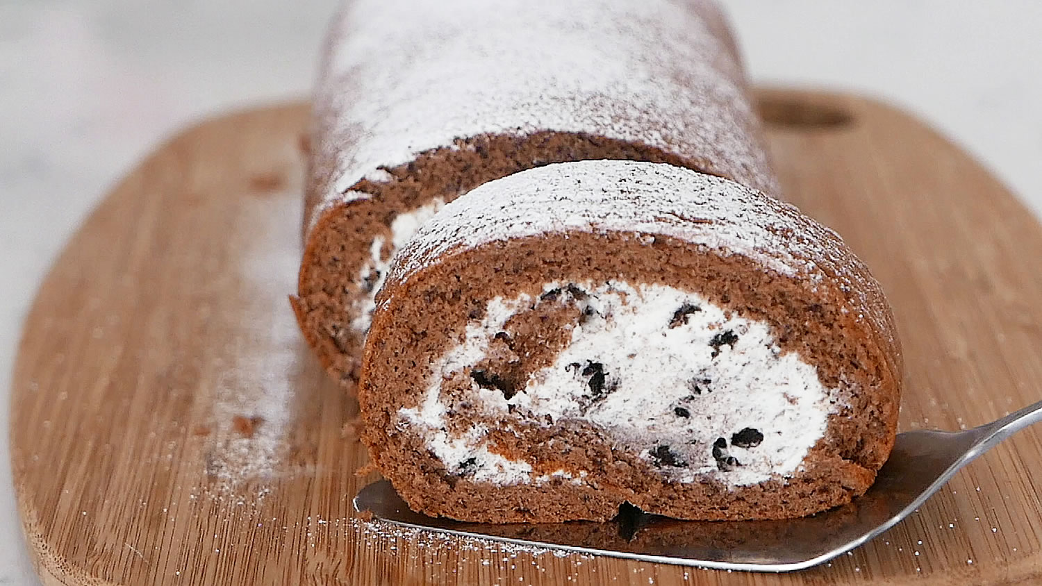 Oreo Swiss Roll