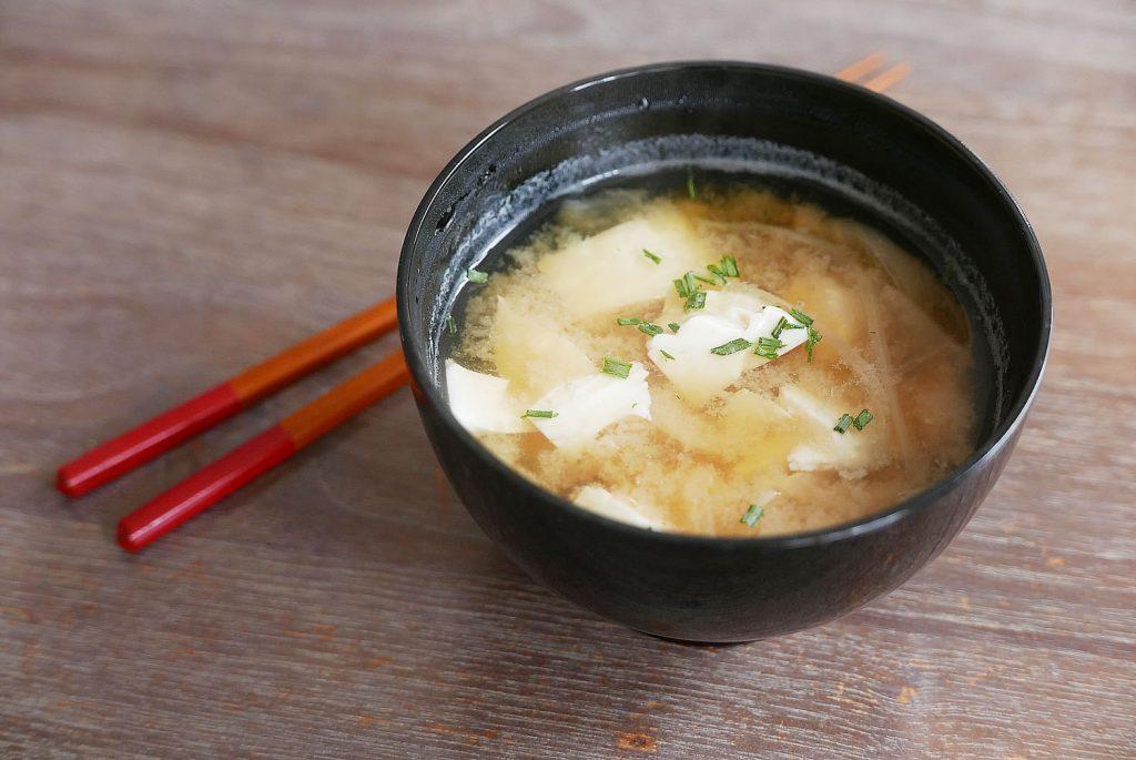 Japanese Miso Soup - Miso Shiru with Tofu